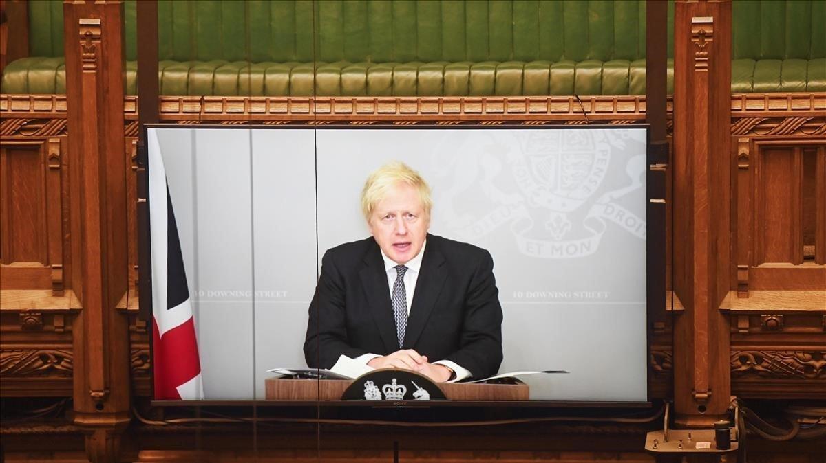 Johnson en el momento de presentar el plan de su Gobierno para combatir el coronavirus este invierno en el Reino Unido.