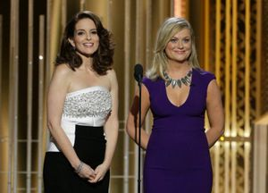 Tina Fey y Amy Poehler, en la gala de los Globos de Oro de 2015.