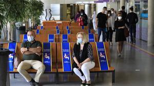 Sala de espera en el Hospital Vall d'Hebron de Barcelona.