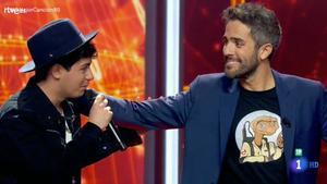 Alfred y Roberto Leal en 'La mejor canción jamás cantada'.