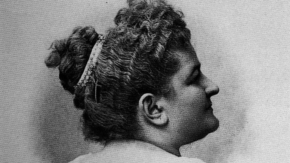 La escritora gallega Emilia Pardo Bazán, de quien este año se celebra su centenario.