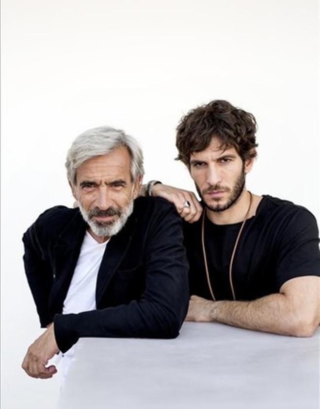 Los actores Imanol Arias yQuim Gutiérrez posan para 'Dominical'.