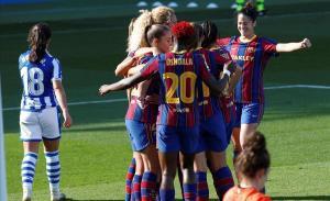 Las jugadoras azulgranas celebran el segundo gol del partido.