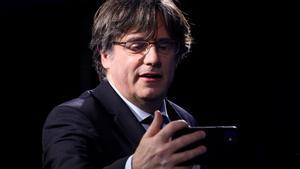 Puigdemont opta por no volver a Catalunya y sopesa pedir la nacionalidad belga