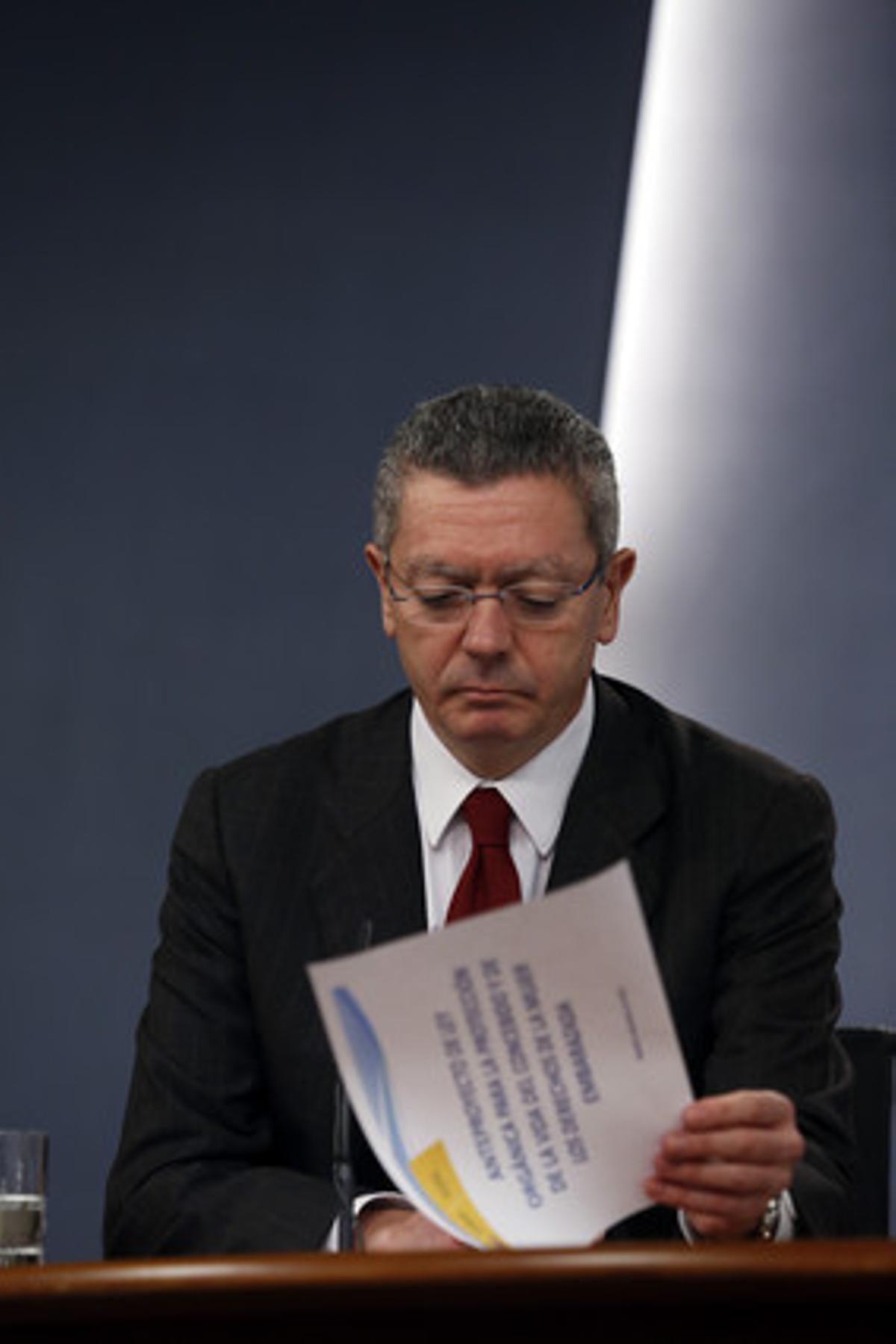 El ministro de Justicia, Alberto Ruiz-Gallardón, después de una rueda de prensa