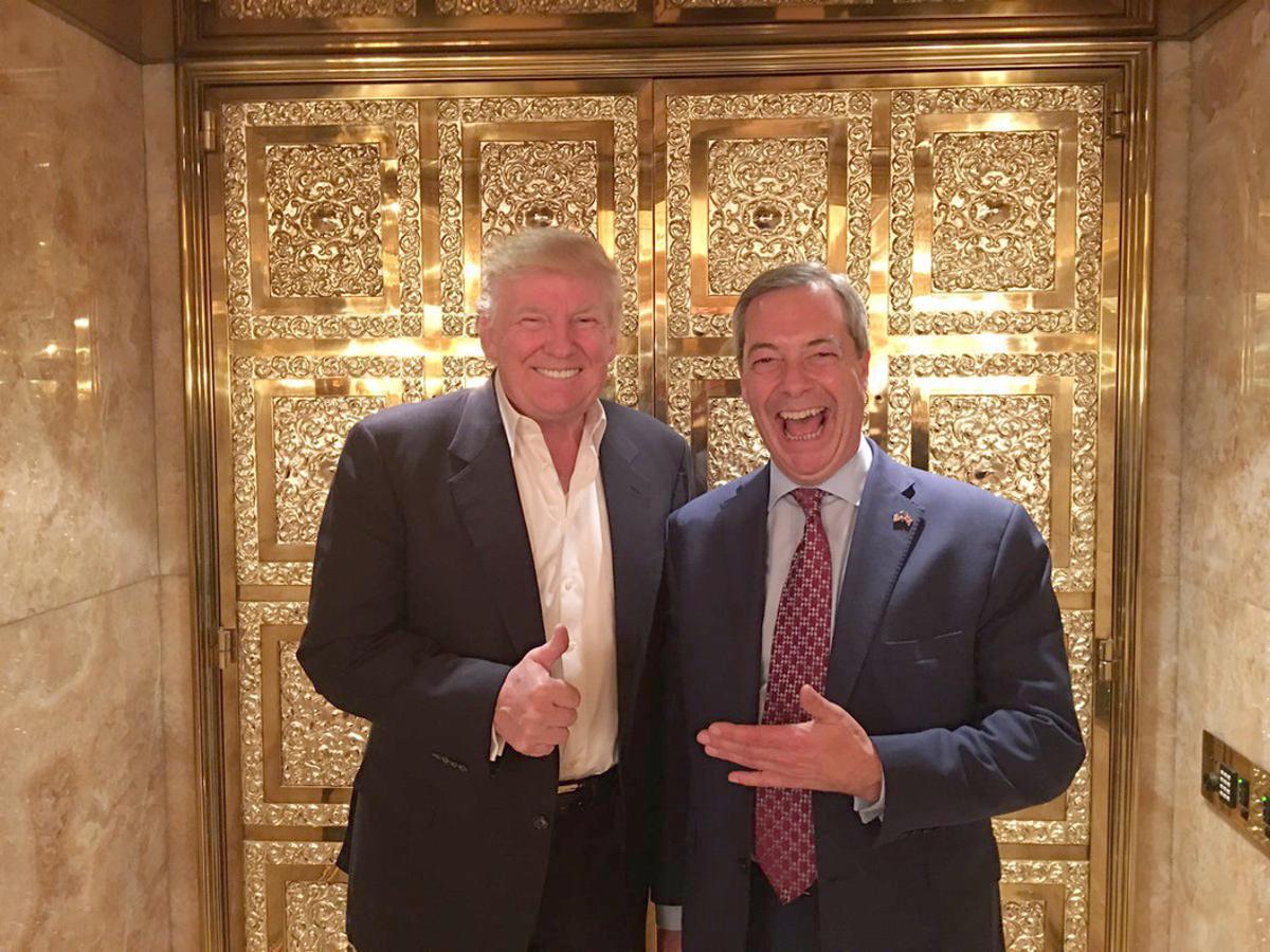 Donald Trump y Nigel Farage, juntos en la torre Trump.