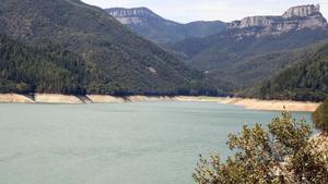 Els embassaments catalans, en prealerta amb unes reserves del 54%