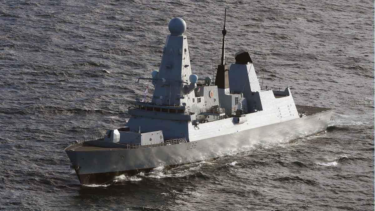 23/6/2021 0:00:00Imagen del destructor británico 'Defender'.