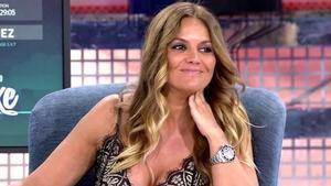 Marta López se desnuda para lanzar una 'app' de citas