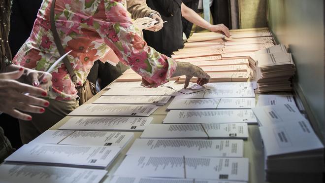 Papeletas en unas elecciones.