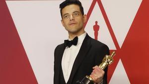 Rami Malek, con el Oscar por su interpretación de Freddie Mercury en 'Bohemian Rhapsody'