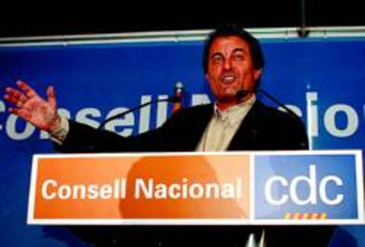 Artur Mas interviene durante una reunión del consejo nacional de Convergència Democràtica, en marzo.