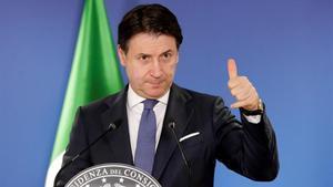 El primer ministro de Italia, Giuseppe Conte, durante una conferencia de prensa.