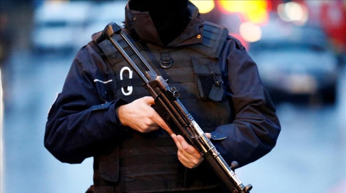 Caza al hombre en Estambul tras la masacre terrorista