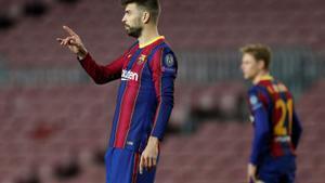 Piqué, en el Camp Nou ante el PSG.