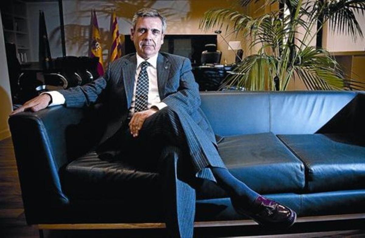 Vehemente El director de la Oficina Antifrau de Catalunya, Daniel de Alfonso, durante esta entrevista, en su despacho.