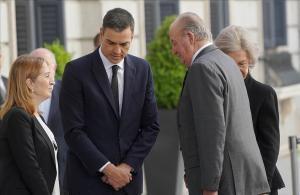 Pedro Sánchez y Juan Carlos I, el 11 de mayo del año pasadoen el Congreso, tras la muerte de Alfredo Pérez Rubalcaba.