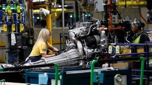 Trabajadores de una planta de General Motors enFlint,Michigan.