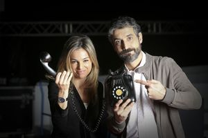 Nuria Solé y Roger de Gràcia, presentadores de 'La Marató' de TV-3.