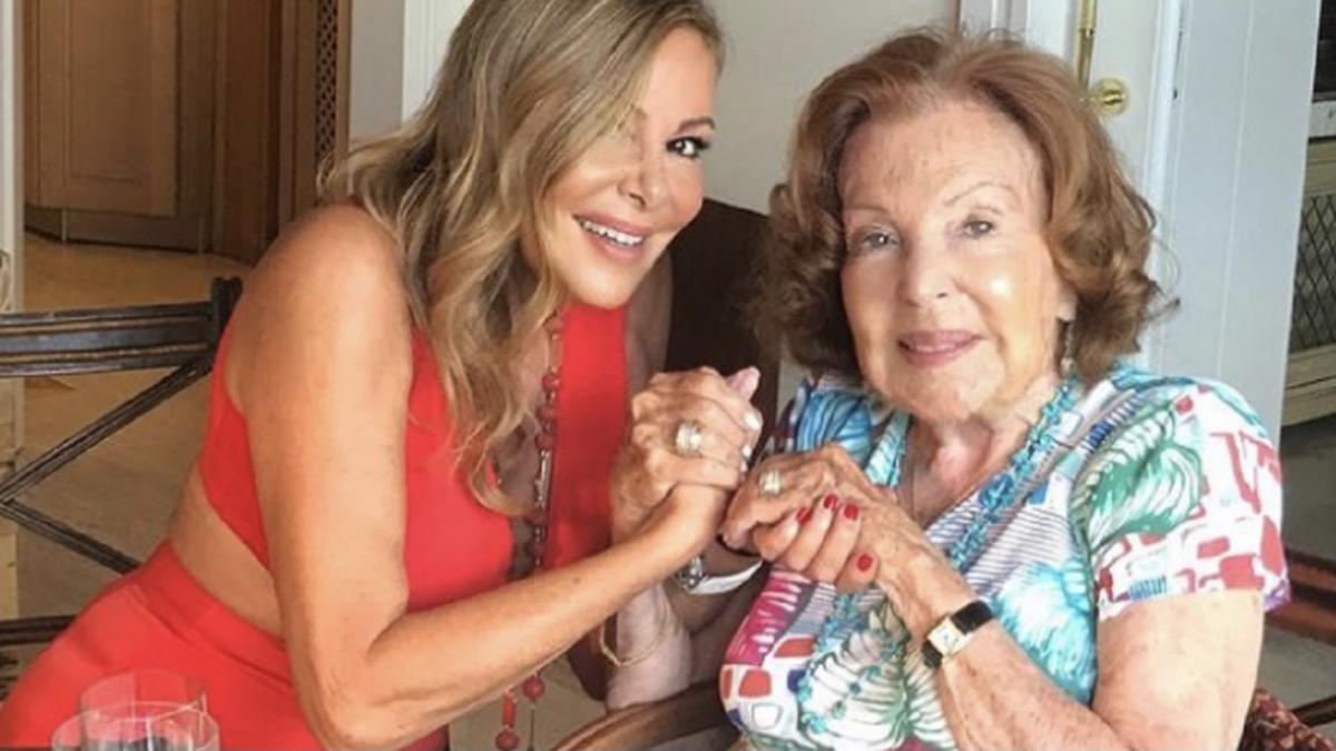 Ana Obregón felicita a su madre en el día que hubiera cumplido 90 años