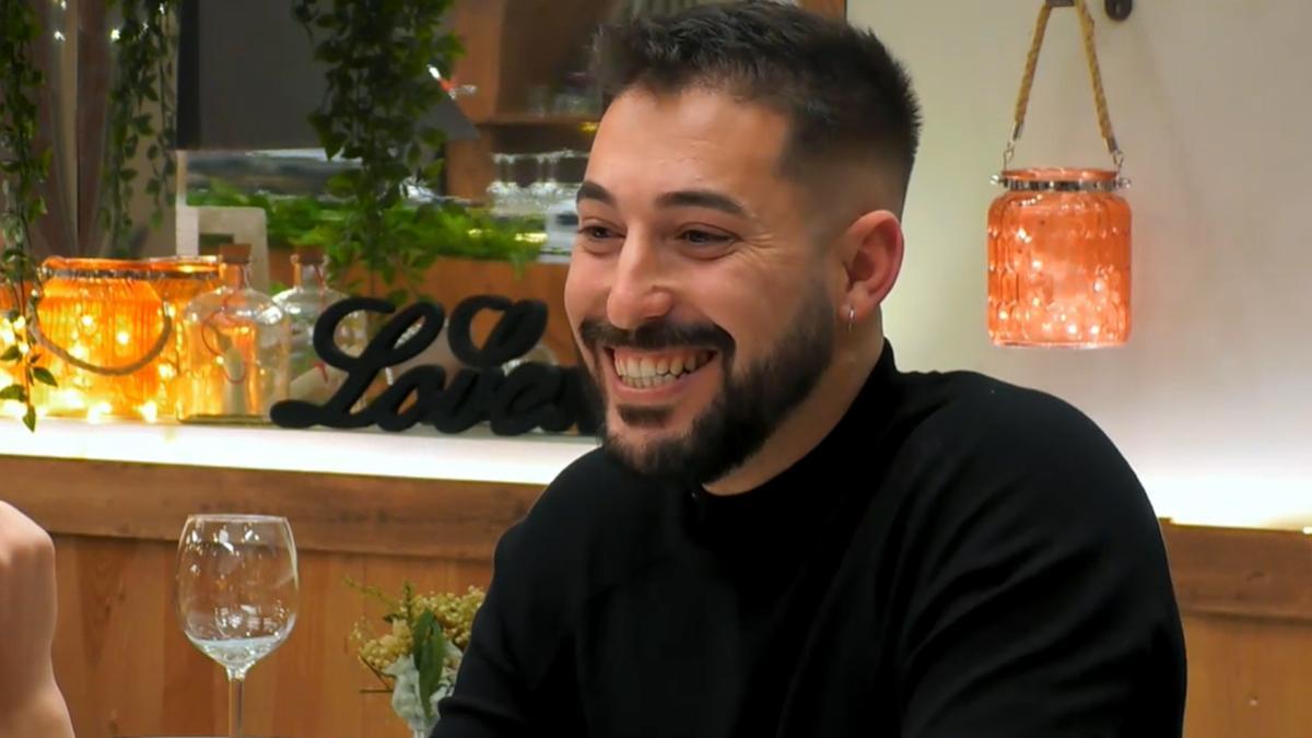 """'First dates'   Joaquín deja sin palabras a su cita con su """"talento"""" sexual: """"He sido muy bruto"""""""