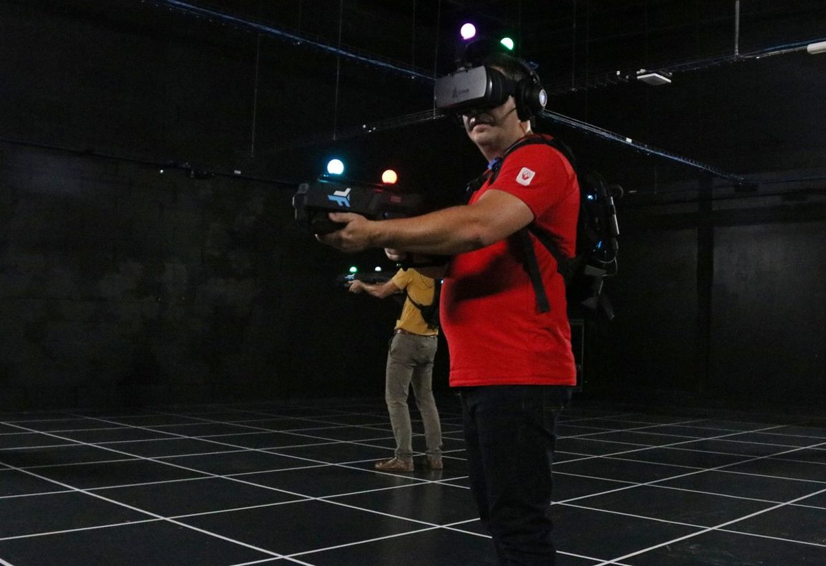 Actividad con realidad virtual en Zero Latency.
