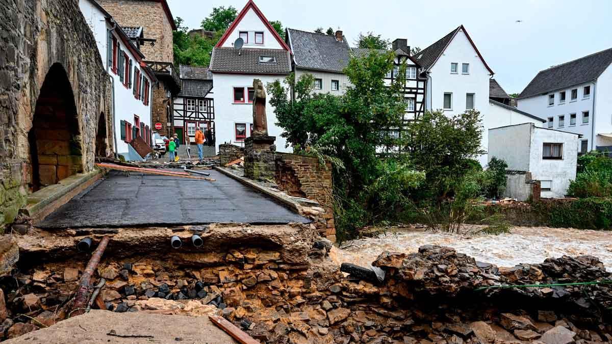 Al menos una veintena de muertos por las inundaciones en el oeste de  Alemania
