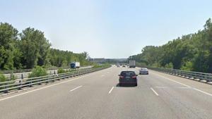 Mor un home atropellat per un turisme al creuar l'AP-7 a Girona