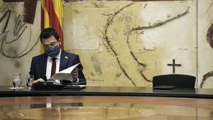 Pere Aragonès, en la primera reunión del Govern como 'president' sustituto.