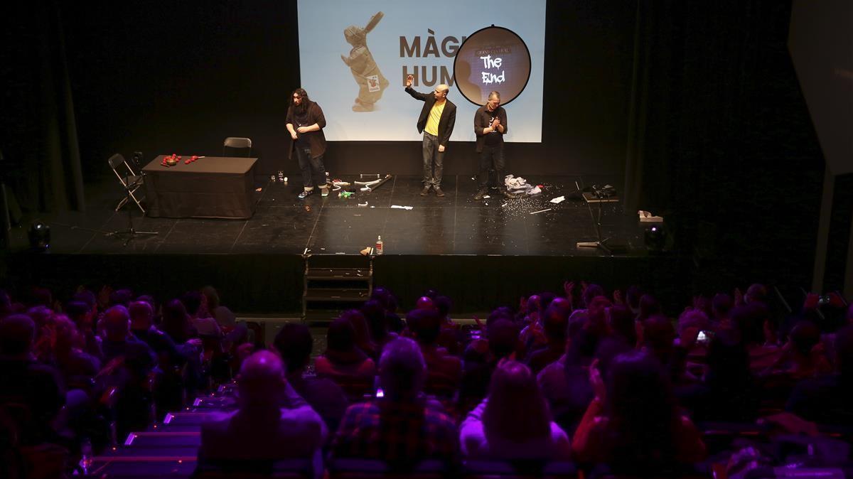 Con la gala Magia y Humor, con todo el aforo vendido, se inició la XXI edición del festival.