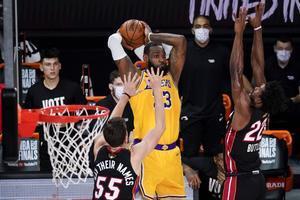 LeBron James lideró la tercera victoria de Los Ángeles Lakers en las finales de la NBA.