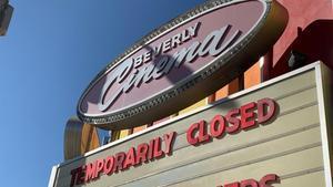 Un cine de Los Ángeles, cerrado por la pandemia