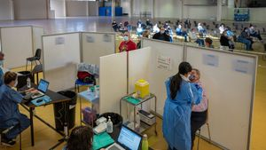 El 75% dels més grans de 50 anys estaran vacunats al juny a Catalunya