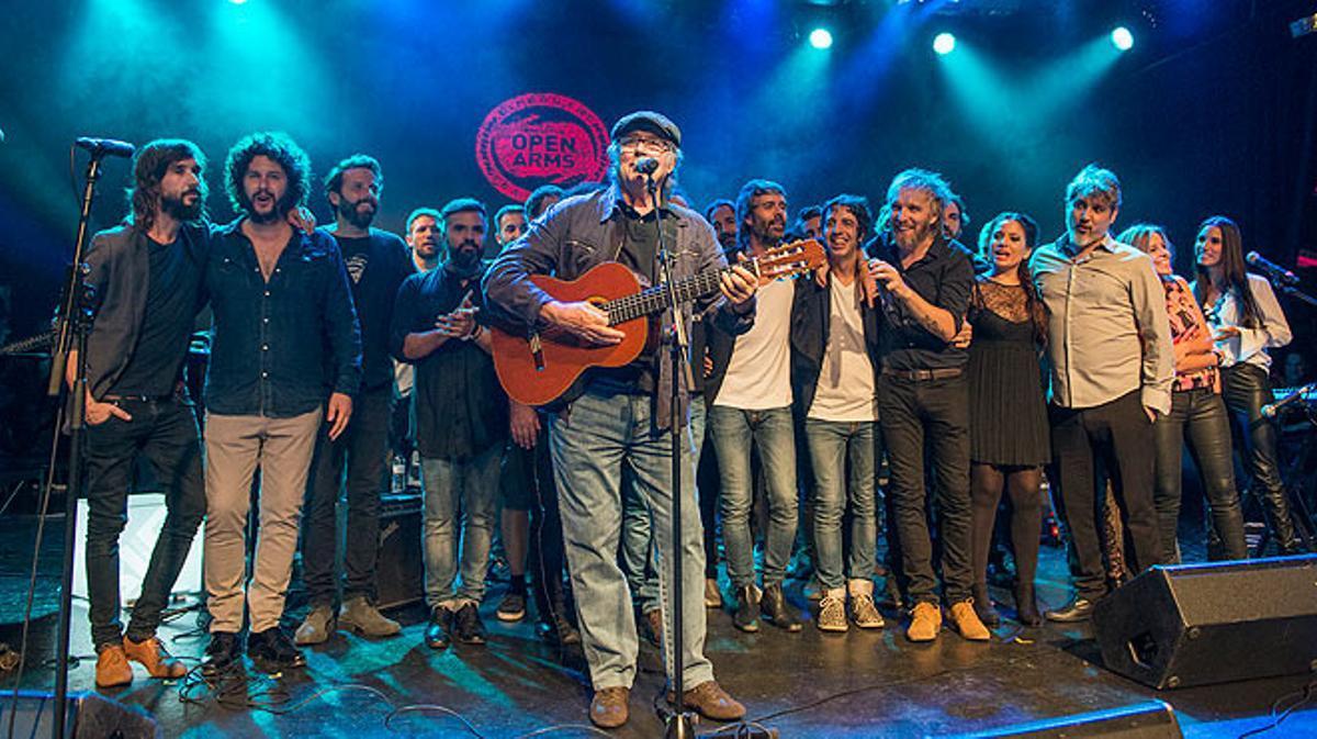 Serratinterpreta'Mediterráneo' con todos los invitados de Som Música Directa.