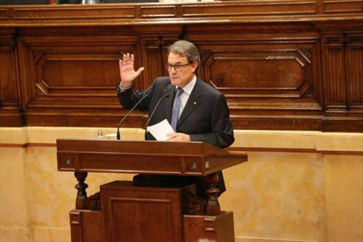 Artur Mas, ayer en el Parlament.