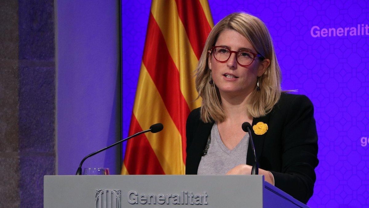 La portavoz del Govern, Elsa Artadi, en rueda de prensa tras una reunió del 'consell executiu'.