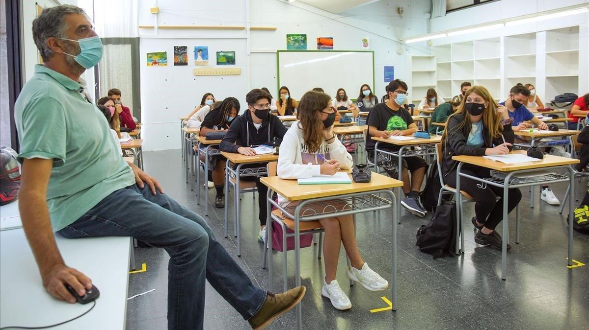 Aspecto de una aula en el Institut Joan Mercader de Igualada.