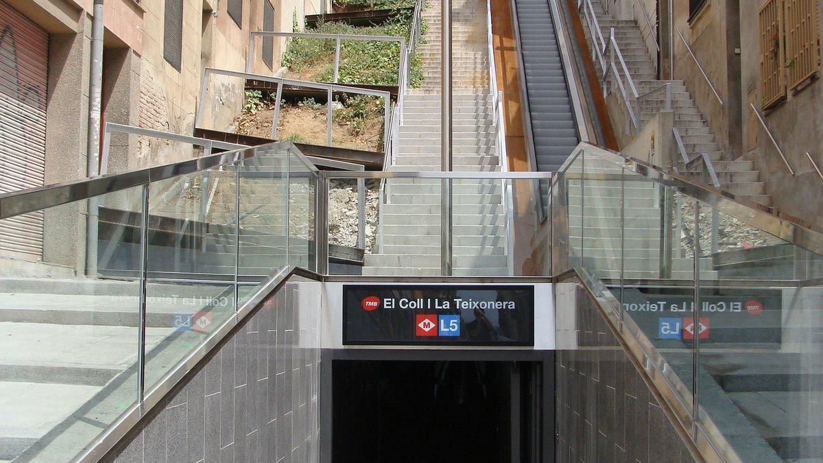 La parada de metro Coll-La Teixonera, en el barrio de Horta-Guinardó, cerca de donde se produjo la agresión.