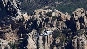 Helicóptero sale con los restos de Franco en el Valle de los Caídos el día de la Exhumación de Franco.