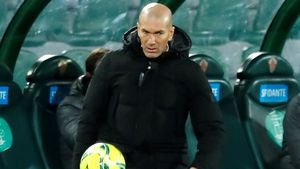 Zidane, en el partido en Elche.