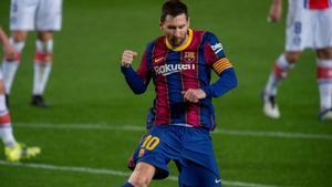 Messi celebra el segundo gol del Barça, el primero suyo, ante el Alavés.