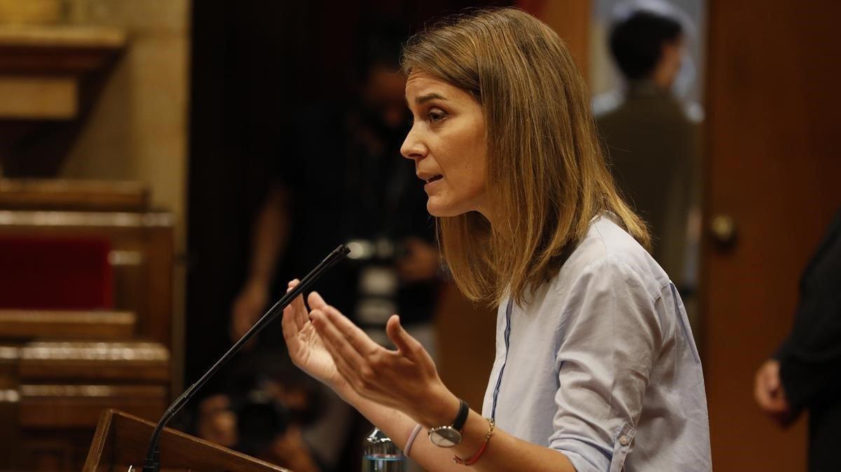 Jessica Albiach, durante una intervención en el Parlament.