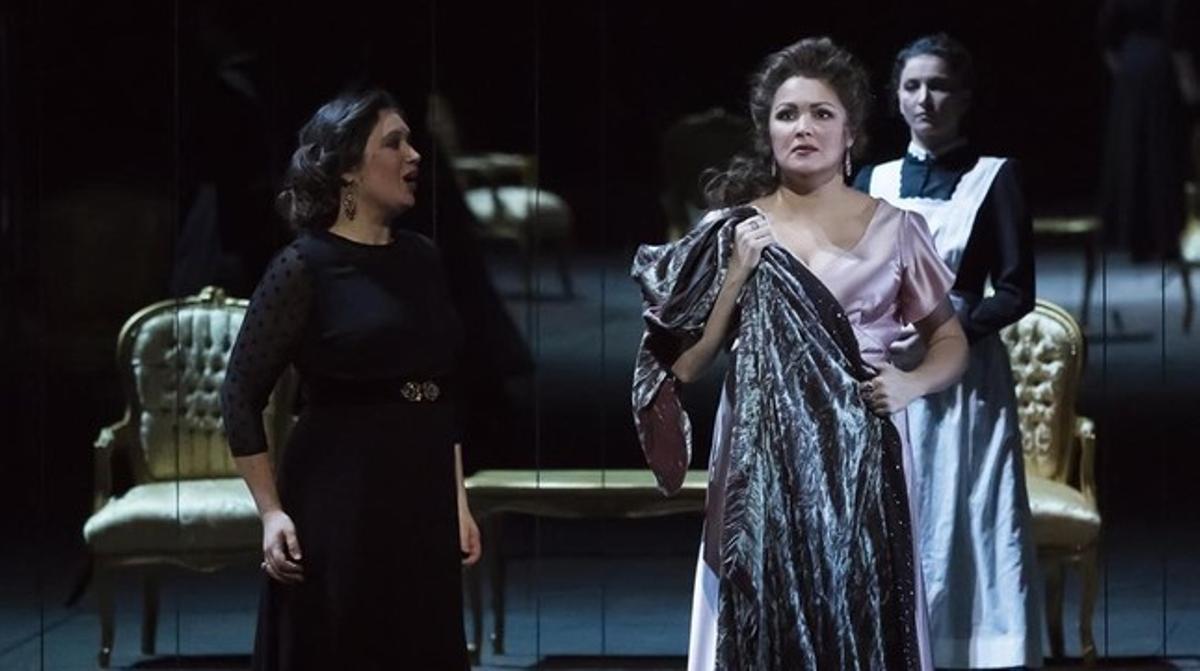 Anna Nebretko en el montaje de 'Il trovatore' de La Fura en París.