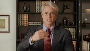 Brad Pitt imita al doctor Fauci, inmunólogo que ha estado al frente de la crisis del coronavirus de EEUU, para reírse de las ocurrencias de Trump en un 'sketch' de 'Saturday Night Live'.