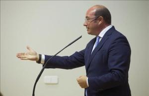 Pedro Antonio Sánchez, durante una rueda de prensa en Cartagena, el pasado 30 de marzo.