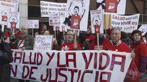Manifestación en Madrid de la Plataforma de Afectados por la Hepatitis C.
