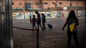 Entrada de alumnos a un colegio de Barcelona.
