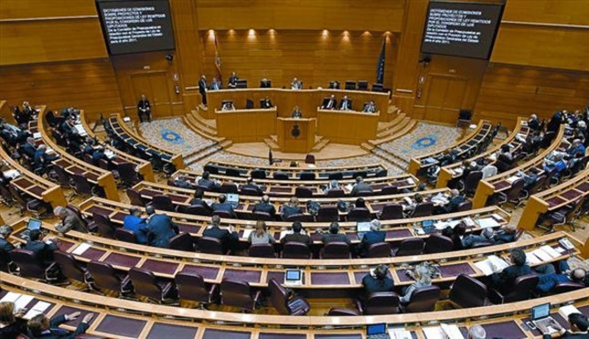 Imagen general del hemiciclo del Senado durante el pleno del Senado del debate de los Presupuestos Generales del Estado para el 2011.