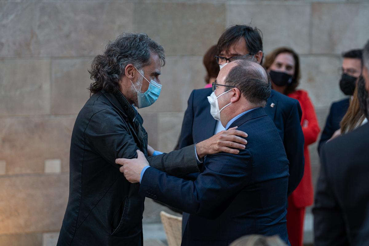 Jordi Cuixart y Miquel Iceta.