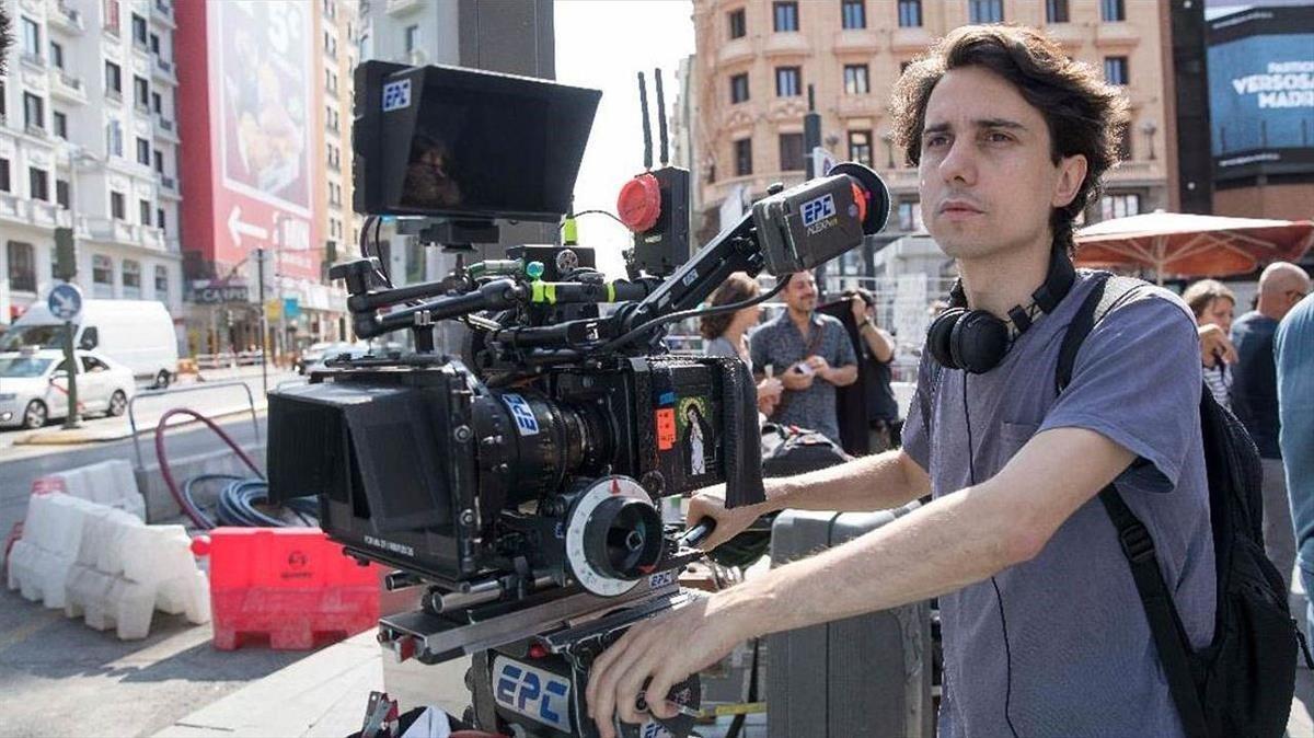 Jonás Trueba en el rodaje de la película 'La virgen de agosto'.